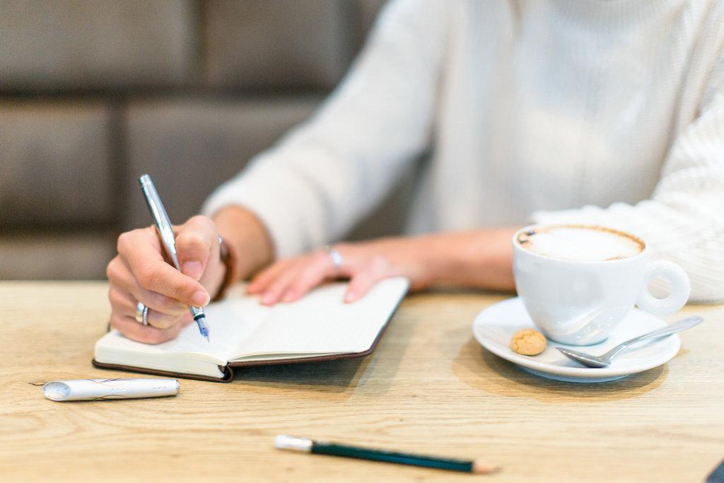 leeres blatt zum selber schreiben